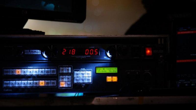 อุปกรณ์แปลภาษาทั้งระบบ