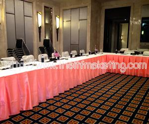 ผ้าคลุมโต๊ะห้องประชุม