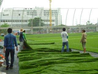 รับสร้างสนามหญ้าเทียม
