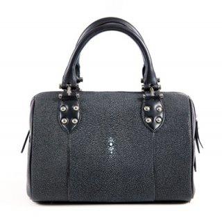 กระเป๋าถือสีดำ หนังปลากระเบน