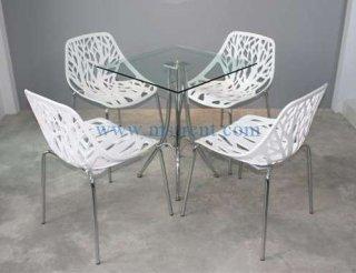 ชุดโต๊ะ Daily เหลี่ยมเก้าอี้ใบไม้สีขาว