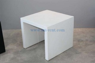 โต๊ะกลางตัวยูคว่ำ หุ้มหนังสีขาว