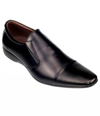 รองเท้าหนัง CHOB