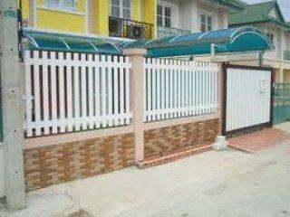 รั้วบ้านไวนิล