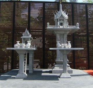 ศาลพระภูมิทรงปราสาท ขนาด ฐานกว้าง 107 ซม. ยาว 107 ซม. สูง 285 ซม.