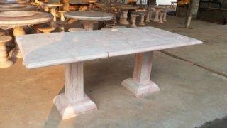 โต๊ะหินอ่อน ทรงสี่่เหลี่ยม ยาว 210 ซม. กว้าง 118 ซม.