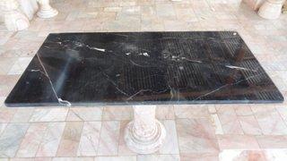 โต๊ะหินอ่อนสี่เหลี่ยม ขนาด กว้าง 60 ซม. ยาว 120 ซม. สูง 70 ซม. สีดำ
