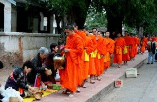 Visiting Nong Khai - Vientiane