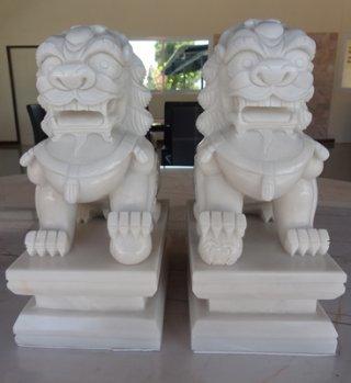 สิงโตปักกิ่ง ขนาดสูง 9 นิ้ว กว้าง 8 นิ้ว 1 คู่
