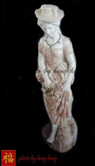 งานศิลปะผู้หญิง หินอ่อน สูง 140 ซม.