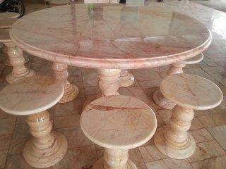 โต๊ะหินอ่อนขนาด 120 ซม. + เก้าอี้ 6 ตัว