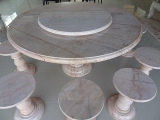 โต๊ะหินอ่อนขนาด 150 ซม. + เก้าอี้ 10 ตัว