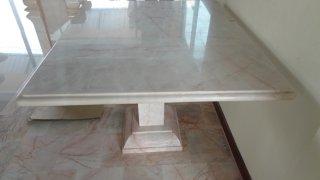 โต๊ะหินอ่อนทรงสี่่เหลี่ยม ขนาด 100x115x80 ซม.