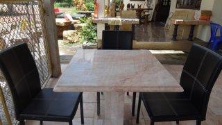 โต๊ะหินอ่อนทรงสี่่เหลี่ยม ขนาด 80x80x80 ซม.