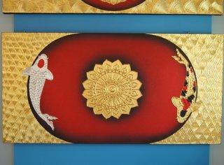 ภาพปลาคาร์ฟคู่เงินทอง พื้นดำแดง