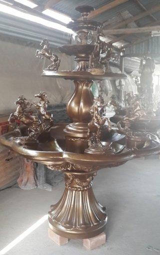 น้ำพุม้าทอง สูง 150 ซม.