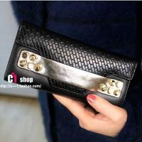 กระเป๋าสตางค์ผู้หญิงสีดำแถบทอง