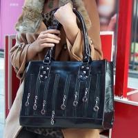 กระเป๋าถือสีดำใบใหญ่ แบรนด์ Hikoko