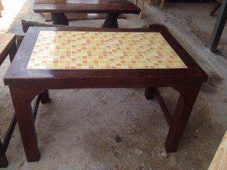 โต๊ะไม้สนราคาถูก