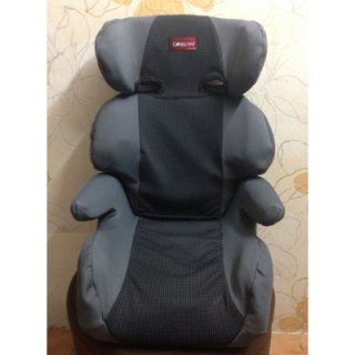Booster Seat ของ Combi สีเทา