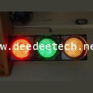 เครื่องควบคุมไฟจราจร (LED traffic light)