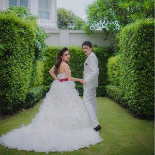 ให้เช่าชุดแต่งงานราคาถูก