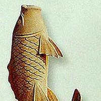 ปลาแกะสลักหินอ่อน