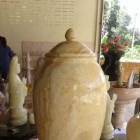 แจกันหินอ่อน หยกน้ำผึ้งน้ำนม ขนาดสูง 50x25 ซม.