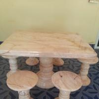 โต๊ะหินอ่อนสี่เหลี่ยม
