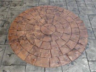 พื้นคอนกรีตพิมพ์ลาย (Circular Cobble Stone)