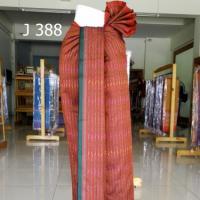 ผ้าไหม ลายโบราณ ลายโฮล สีเม็ดมะขาม แดง