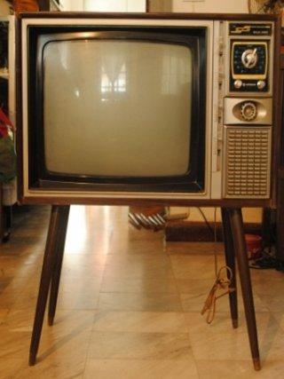รับซื้อโทรทัศน์โบราณ