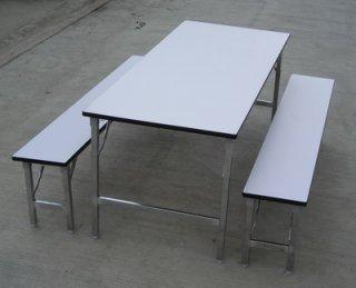โต๊ะโรงอาหารหน้าโฟเมก้าขาว (ขาพับ)