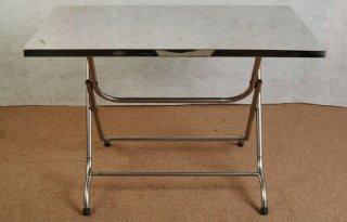 โต๊ะสแตนเลสหน้าเหลี่ยม