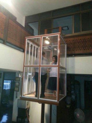 ลิฟท์โดยสารแบบเต็มตัว