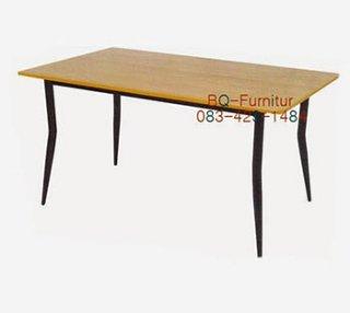 โต๊ะอาหาร รุ่นนีโอ