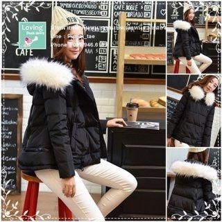 เสื้อกันหนาวขนเป็ดสีดำงานเกาหลี มีขนเฟอร์สีขาว