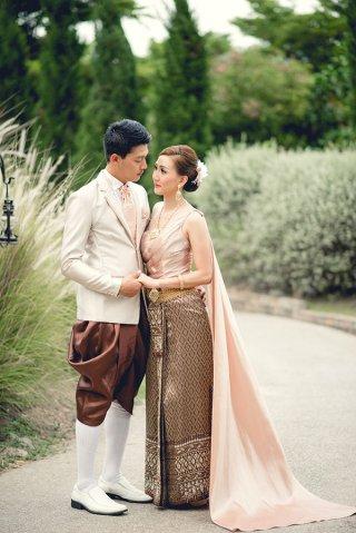 เช่าชุดแต่งงานราคาถูก