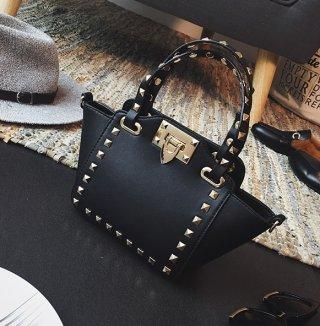 กระเป๋าหนังปักรอบ TB-018