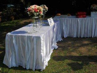 ผ้าคลุมโต๊ะสี่เหลี่ยม