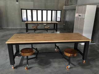 ผลิตโต๊ะเอนกประสงค์