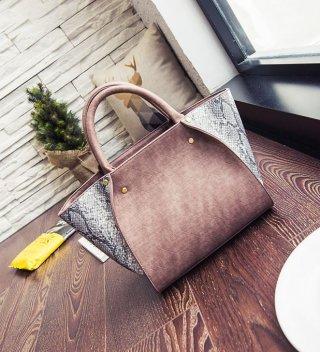 กระเป๋าหนัง ลายงู K-032