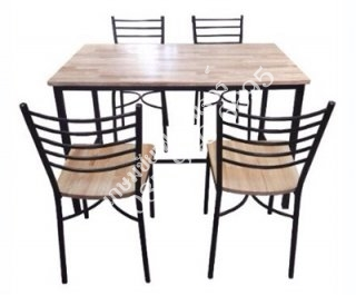 โต๊ะอาหารหน้าไม้ยาง ขนาด 4 ที่นั่ง