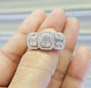แหวนเพชรประกบ Emerald