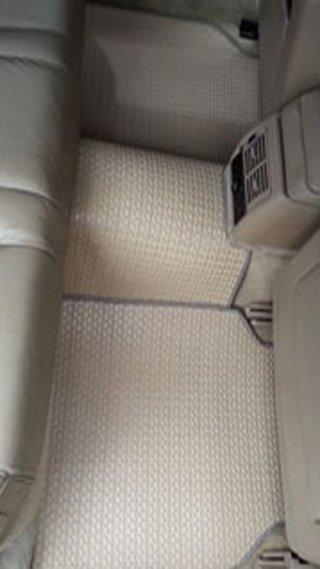 ยางปูพื้นรถยนต์ BMW 730I