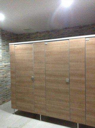 ผนังห้องน้ำราคาถูก