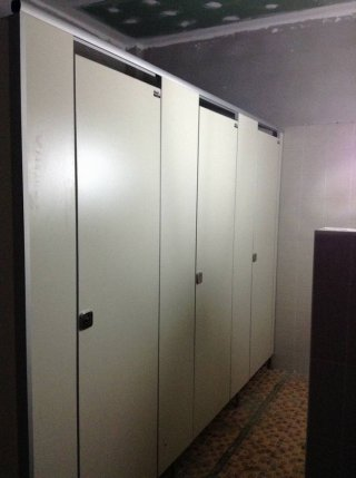 ผนังกั้นห้องน้ำ ราชบุรี