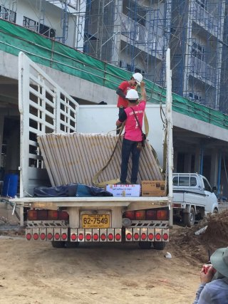 รถรับจ้างย้ายของใน กทม