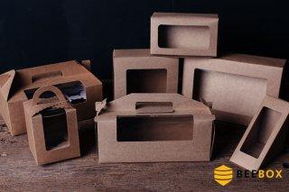 กล่องคัพเค้ก 3 ชิ้น พร้อมฐาน แบบหูหิ้ว