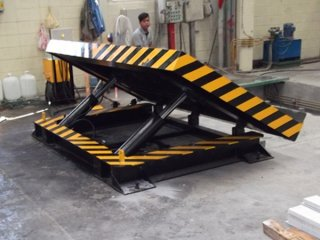 Dock Leveler ขนาดรับน้ำหนัก 3 ตัน